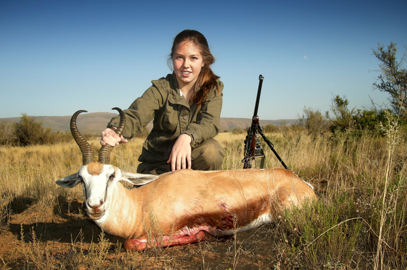 Steffi Pretorius with a wonderful Rowland Ward class springbok, the biggest ever shot on Bankfontein.